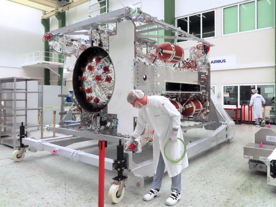 JUICE Uzay Aracının Tamamlanma Süreci Airbus Uydu Merkezi'nde Başladı
