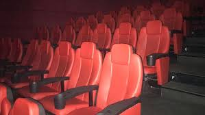 1 Temmuz'da kapılarını açan sinemalar, izleyici bulmakta zorlanıyor
