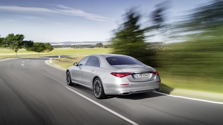 Mercedes Sedan Otomobil Sayısını Azaltmayı Düşünmüyor