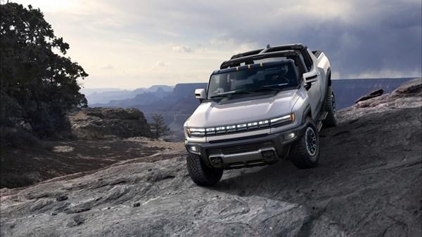 Elektrikli Hummer pickup tanıtıldı: İşte özellikleri ve fiyatı
