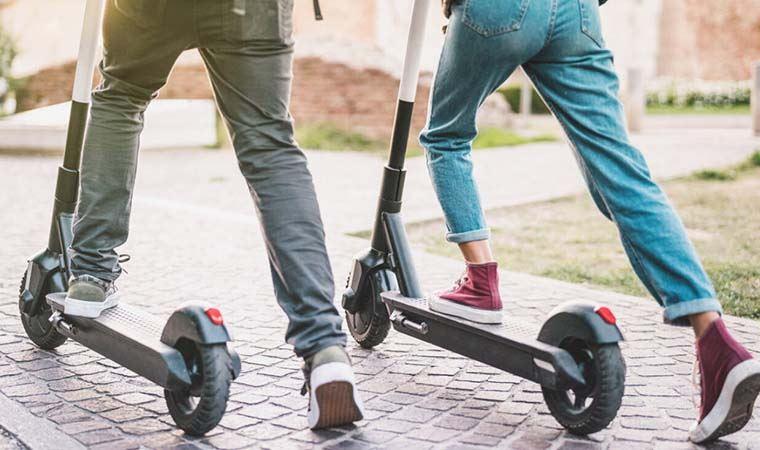 Elektrikli Scooter Düzenlemesi Mecliste: Yaş Sınırı Geliyor