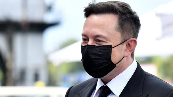 Aynı gün içinde dört kovid testi yaptıran Elon Musk, iki pozitif iki de negatif sonuç aldı