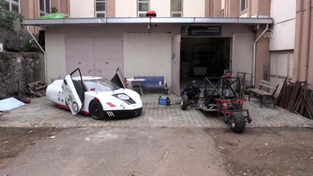Gaziantep Üniversitesi Öğrencileri, Yanan Otomobilin Yerine Yenisini Geliştiriyor