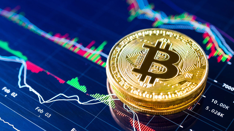 Tarihi Zirveyi Gören Bitcoin, Bir Gecede 3.000 Dolar Değer Kaybetti