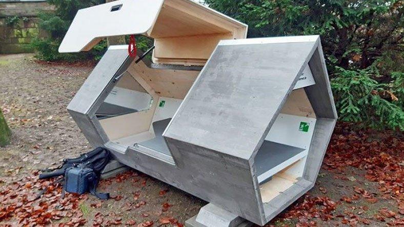 Almanya'da Evsiz İnsanların Kalması İçin Geliştirilen Fütüristik Tasarımlı Sığınak: Kapsüller