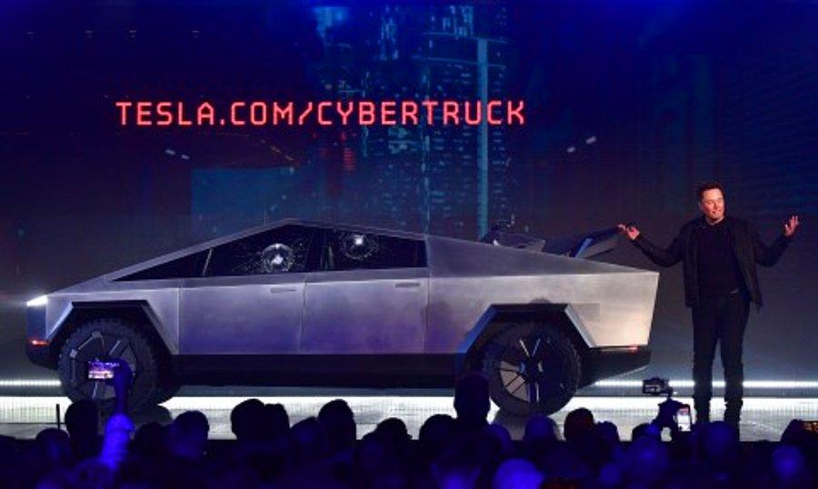 Elon Musk: Cybertruck'ı Zamanında Yetiştiremeyebiliriz