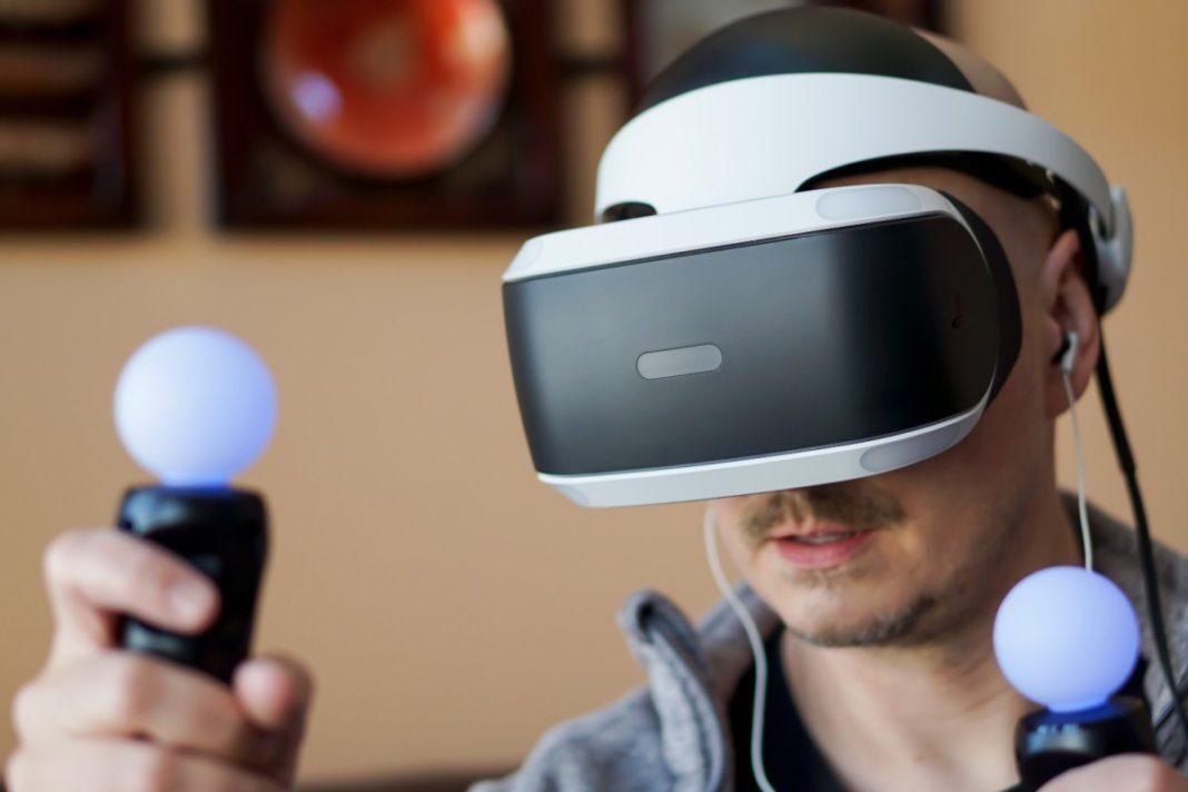 PlayStation'ın VR Oyunculukta Arkadaş Etkileşimini Artıracak Yeni Patenti Ortaya Çıktı