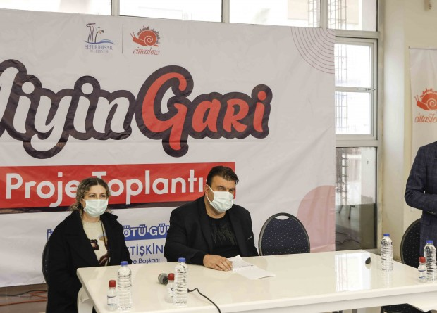İzmir Seferihisar Belediyesi'nden Esnaflara Özel Komisyonsuz Sipariş Uygulaması: Yiyin Gari