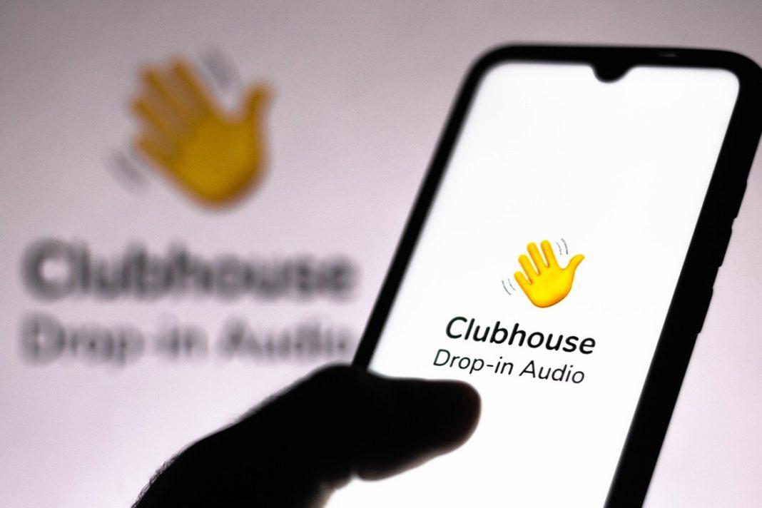 Clubhouse, Çin'in Kullanıcıları Dinlemesi Riskine Karşı Önlem Almaya Başladı