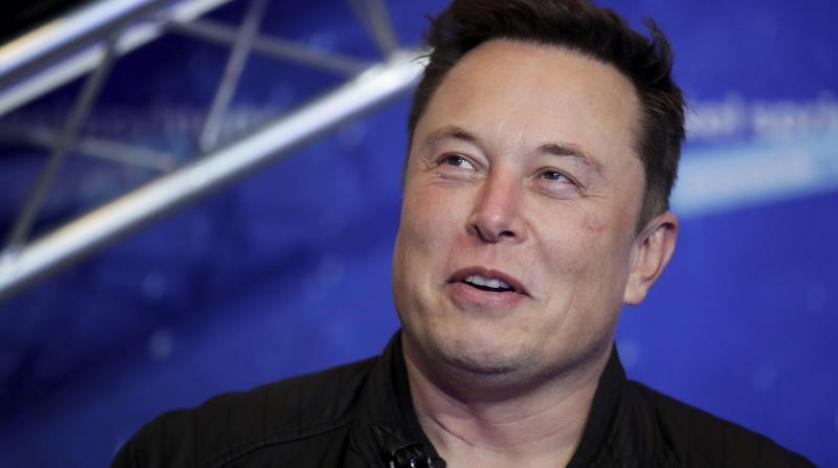 Elektrikli otomobil üreticisi Tesla'nın CEO'su Elon Musk, şirket hisselerinin değer kaybetmesiyle bu hafta tam 27 milyar dolar kaybetti. Musk, ocak ayında 210 milyar dolarlık net servete ulaşmış ve Amazon CEO'su Jeff Bezos'u geride bırakmıştı.