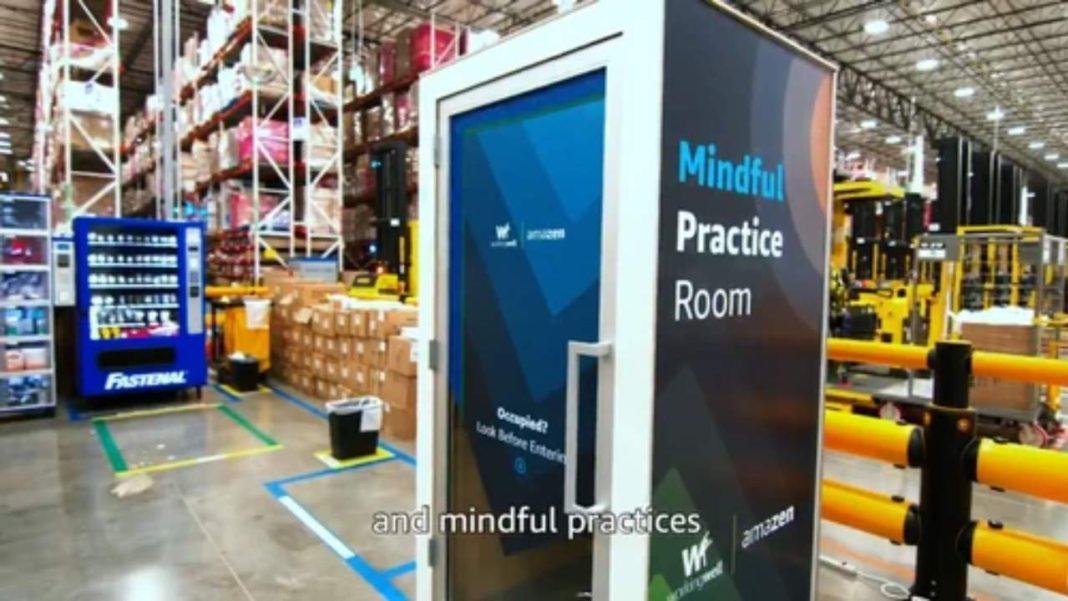 Amazon, Çalışanlarına Telefon Kulübesi Kadar Alanda Meditasyon(!) İmkanı Sunan ZenBooths'u Duyurdu